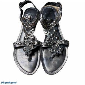 Bronx metal detail sandal silver/gray size 7.5